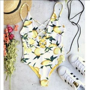 Lemon print seamless cage front one piece swimsuit